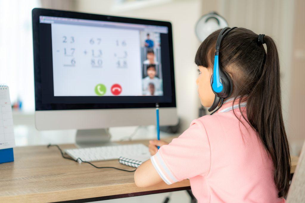 El orientador como constructor de redes entre la familia y la escuela